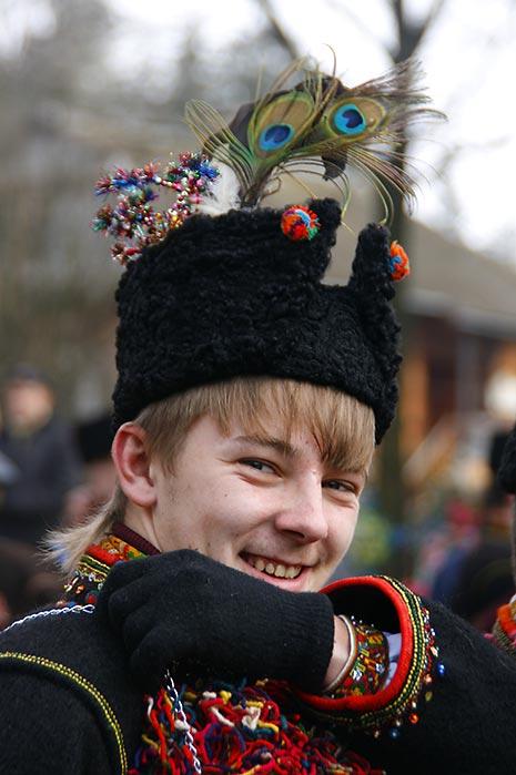 Молодий колядничок в Криворівні