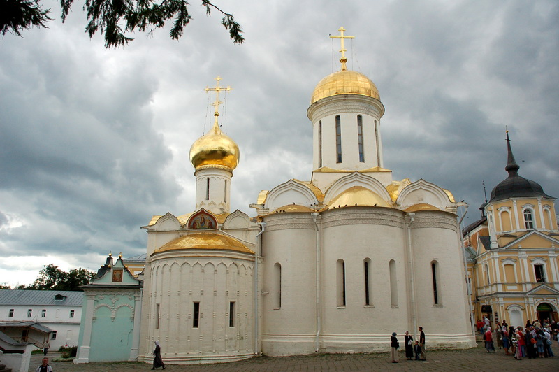 Троицкий собор и Михеевская церковь