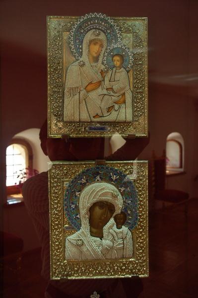 Иконы в музее