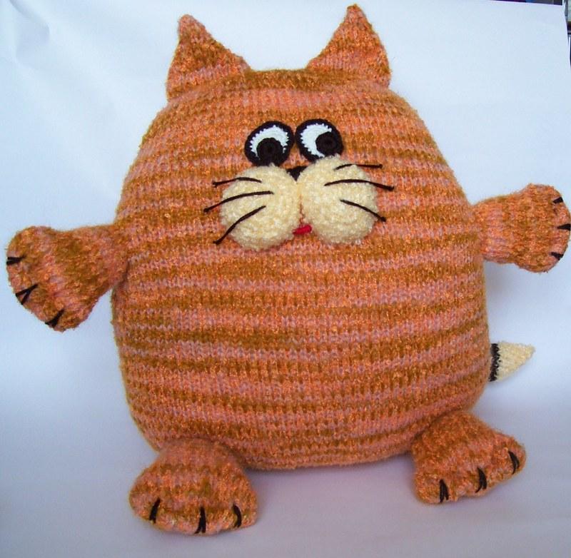 Подушка игрушка своими руками вязание 42