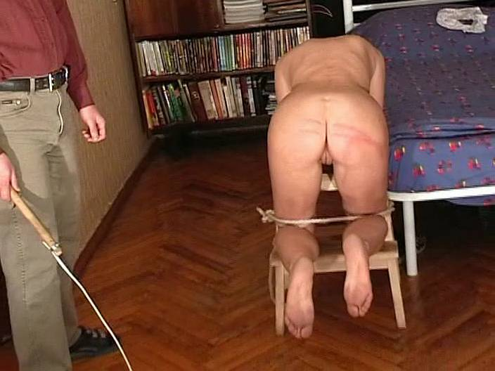 Смотреть порка по голой заднице мужчин фильм онлайн, большие сиськи срочное фото