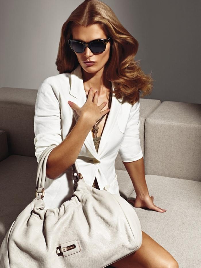 Одна из ведущих итальянских марок модной женской одежды