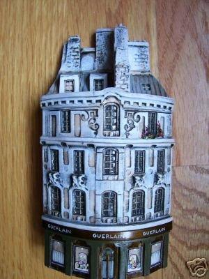 http://www.ljplus.ru/img4/m/i/milkshake_m/Authentic-GAULT-France-Ceramic-MIniature-Guerlain.jpg