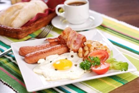Отсутствие завтрака повышает шансы заполучить проблемы с сердечно сосудистой системой