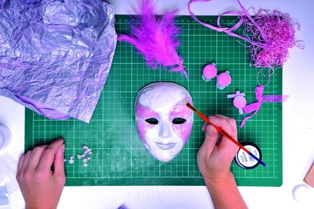 Мастер классы по изготовлению масок - Объемные поделки из бумаги своими руками. Домики
