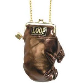Необычные женские сумочки.