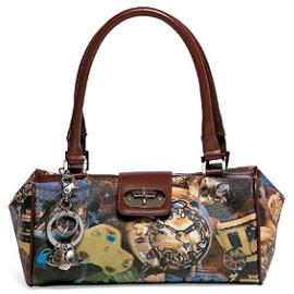 Вот некоторые из них.  Я уже писала о сумках braccialini.