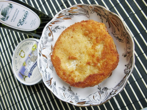 Жареный сыр Бри