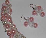 """3. Набор - ожерелье и серьги.   """"Красная смородина """" Есть две штуки разной длины - 43 и 45 см. Цена 50 грн."""
