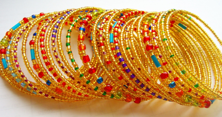 Как делают индийские браслеты