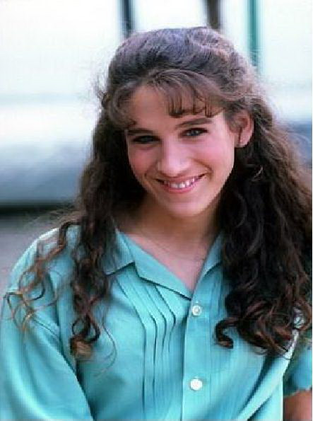 A younger Sarah Jessica Parker, before she altered her nose. Sex and