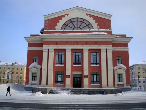 http://www.ljplus.ru/img4/s/e/sergeserov/suric_1.jpg