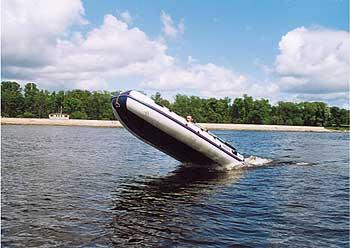 как выйти на глиссер на лодке