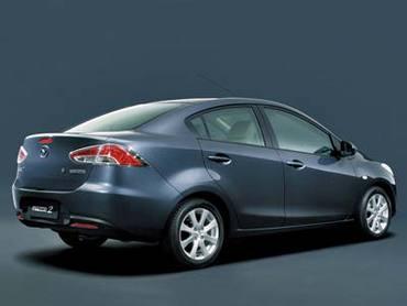 Седан Mazda2 представят в Китае