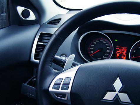Ровный характер Mitsubishi Outlander XL