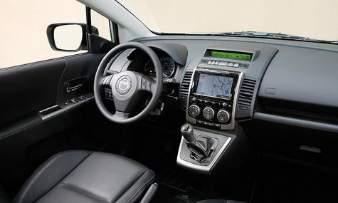 Mazda5: коктейль противоречий