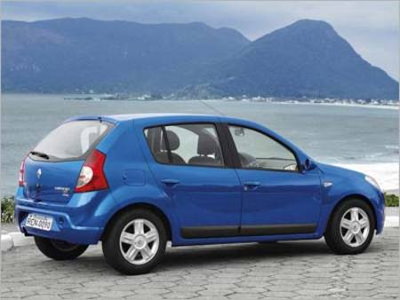 Renault Sandero. Превзойти Logan