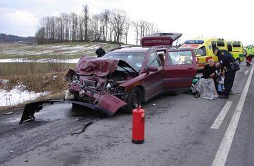 Volvo V70 спас всю семью