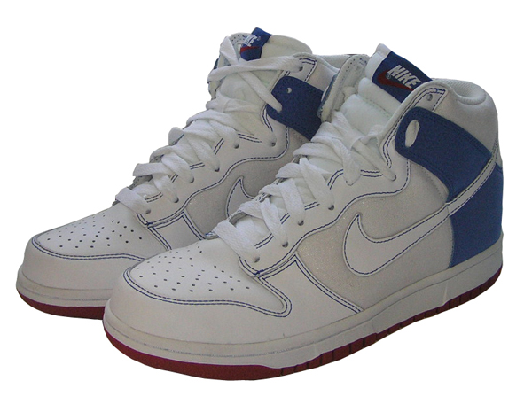 WMNS NIKE DUNK @ FRONTLINE