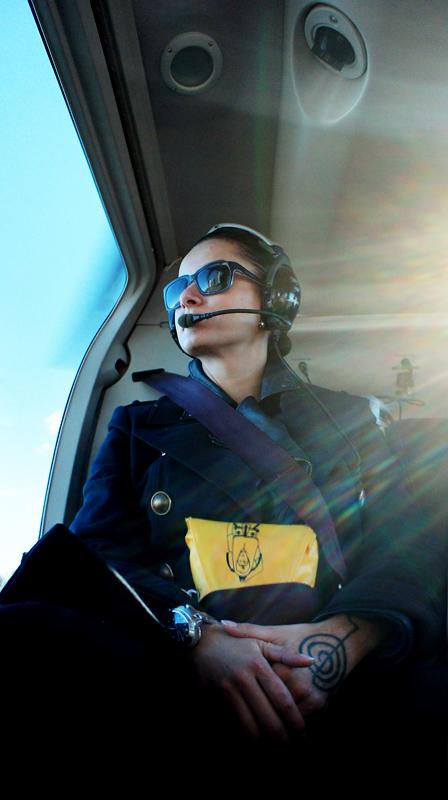 Тина Канделаки в вертолёте над Нью-Йорком