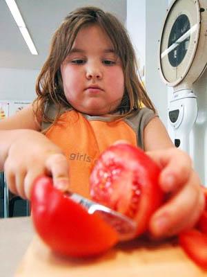 Толстушка ест мороженое фото фото 327-372