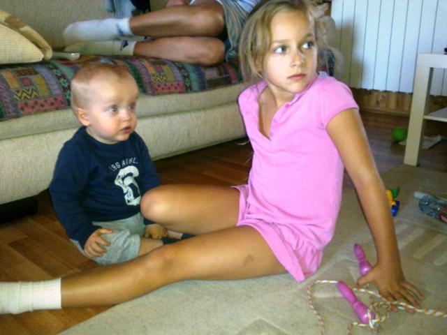 Фото мамины ноги, анал с громадными сиськами