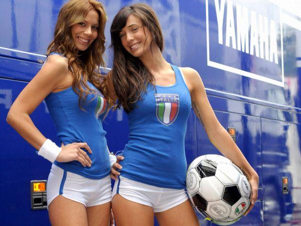 Порно девушка в форме сборной италии