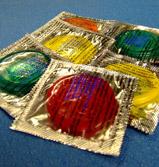 Фото 1 - Презервативы несут на себе бактерии