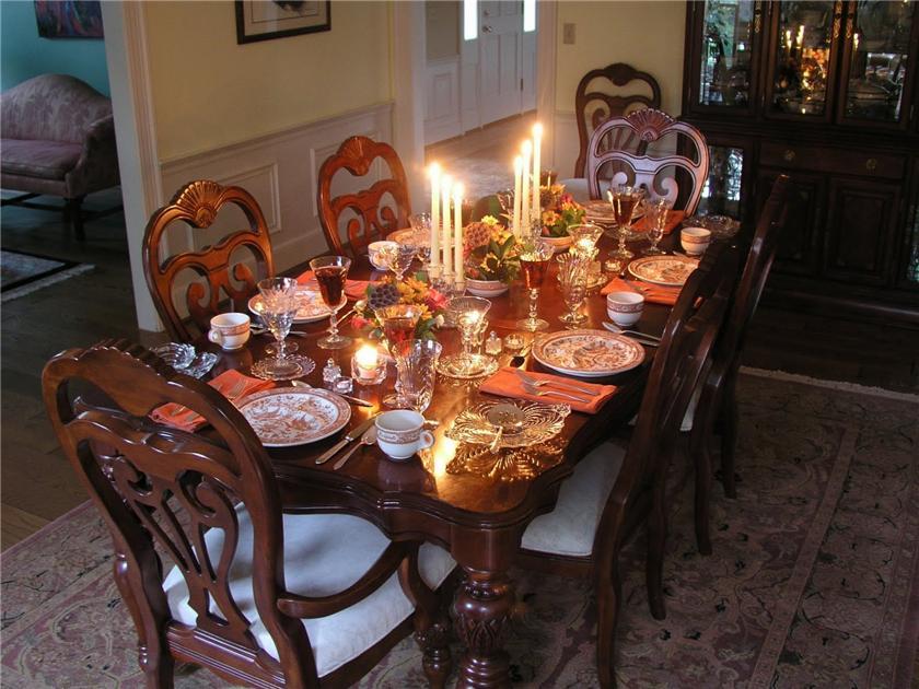 Оформление стола в домашних условиях 587
