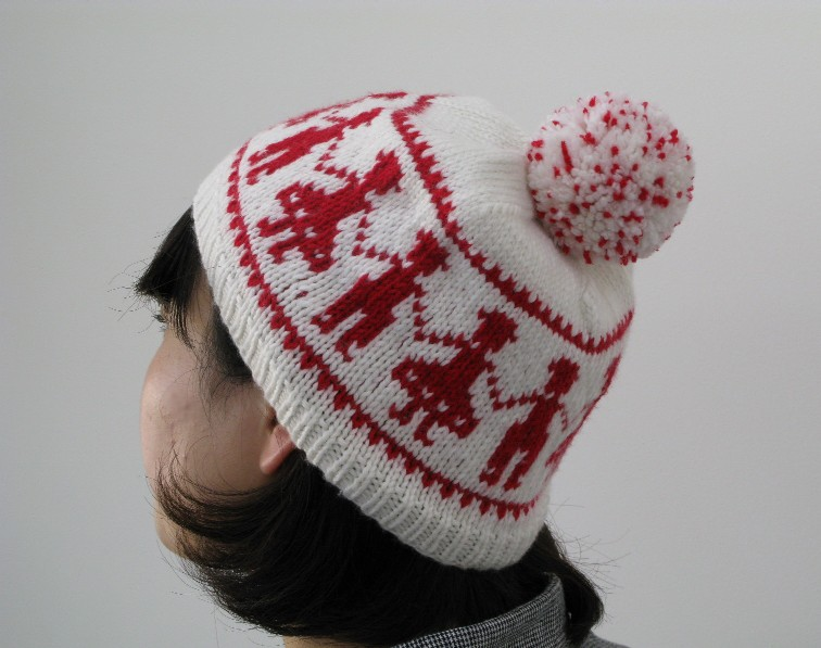 схемы вязания шапок взрослым с помпоном и завязками.