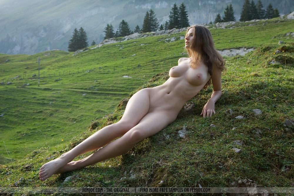 обнаженные девушки на природе фото бесплатно