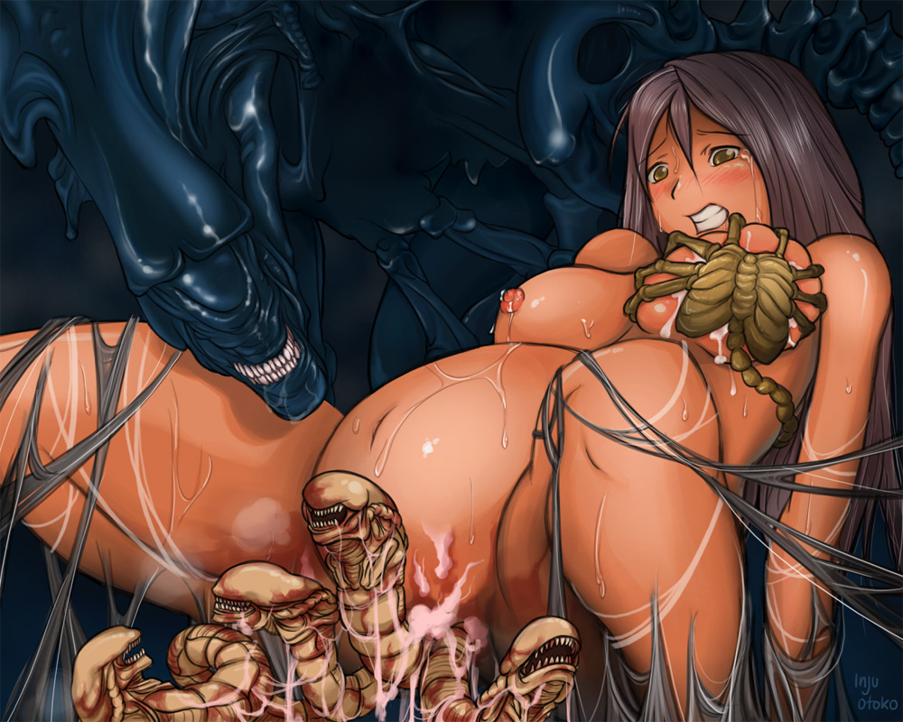 Sexy alien girls using a dildo sex clip