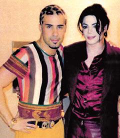 http://www.ljplus.ru/img4/z/h/zhdanova_marija/Tommassini-and-MJ.jpg