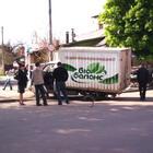 Житомир: В центре Житомира автомобиль провалился под асфальт. ФОТО