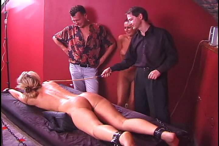 Порка и наказание унижение прислуги садомазо порно фото ивидео