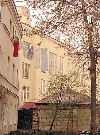 Московский дворик 2006
