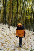 Олька. По ковру из снега и листьев