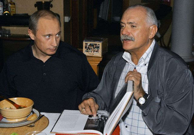 http://www.ljplus.ru/img/l/a/lagrenouille2/Russian-Director-and-Actor-Nikita-Mikhalkov3.jpg