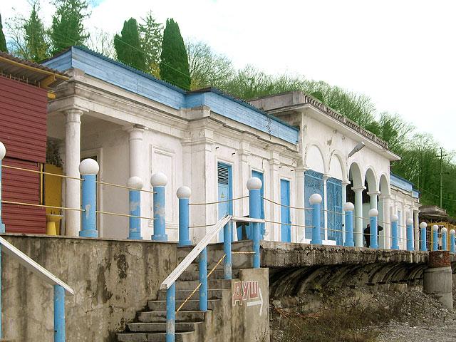 Станция фуникулёра на пляже
