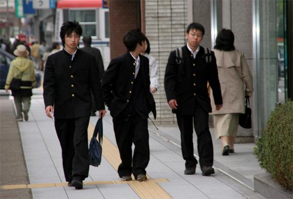 Мода юбок японии