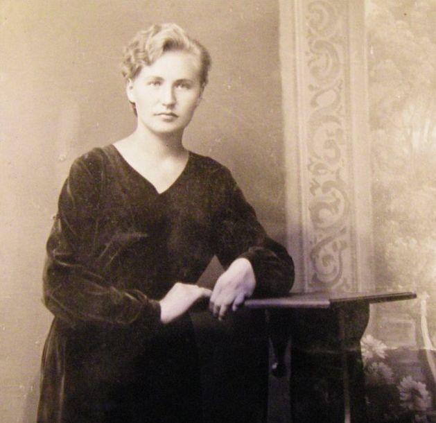 ЭМИЛИЯ ИВАНОВНА ШМАТОВИЧ. 9 СЕНТЯБРЯ 1937 Г.