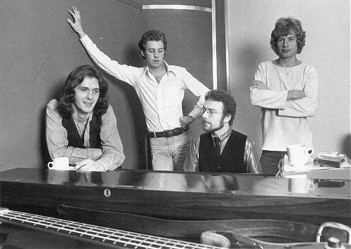 KING CRIMSON: JOHN WETTON, DAVID CROSS, ROBERT FRIPP, BILL BRUFORD