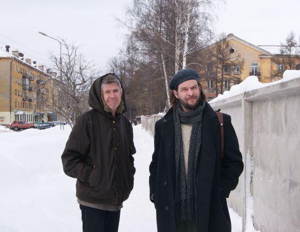 МЫ С СИЛЕЙ НА УЛИЦЕ АНОХИНА. 13 МАРТА 2010 ГОДА