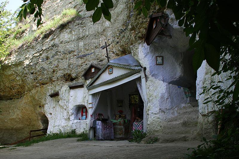 Монастир у Бакоті