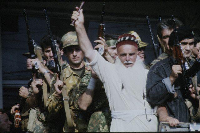 Сторонник мирного ислама среди других сторонников мирного ислама