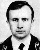 борттехник капитан Анатолий Дмитриевич Савчук (в/ч 3686)