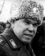 """Командующий группировкой """"Северо-Восток"""" генерал-лейтенант Лев Рохлин"""