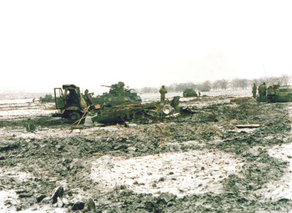 На месте трагедии у Долинского. 18 декабря 1994 года