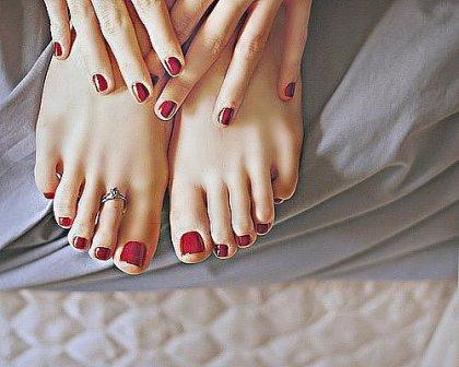 Облизывание пальцев на ногах фото — pic 12