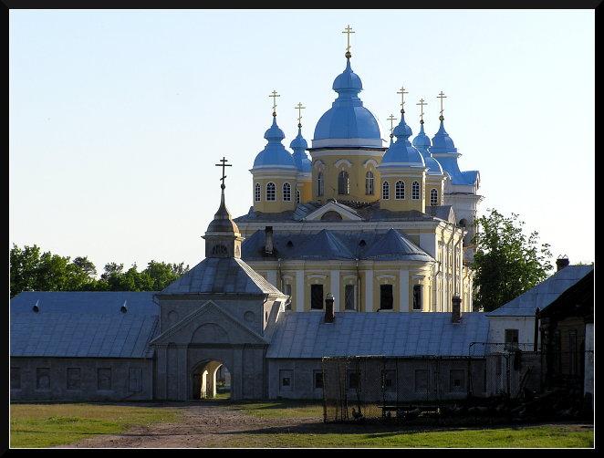 Собор Коневского монастыря